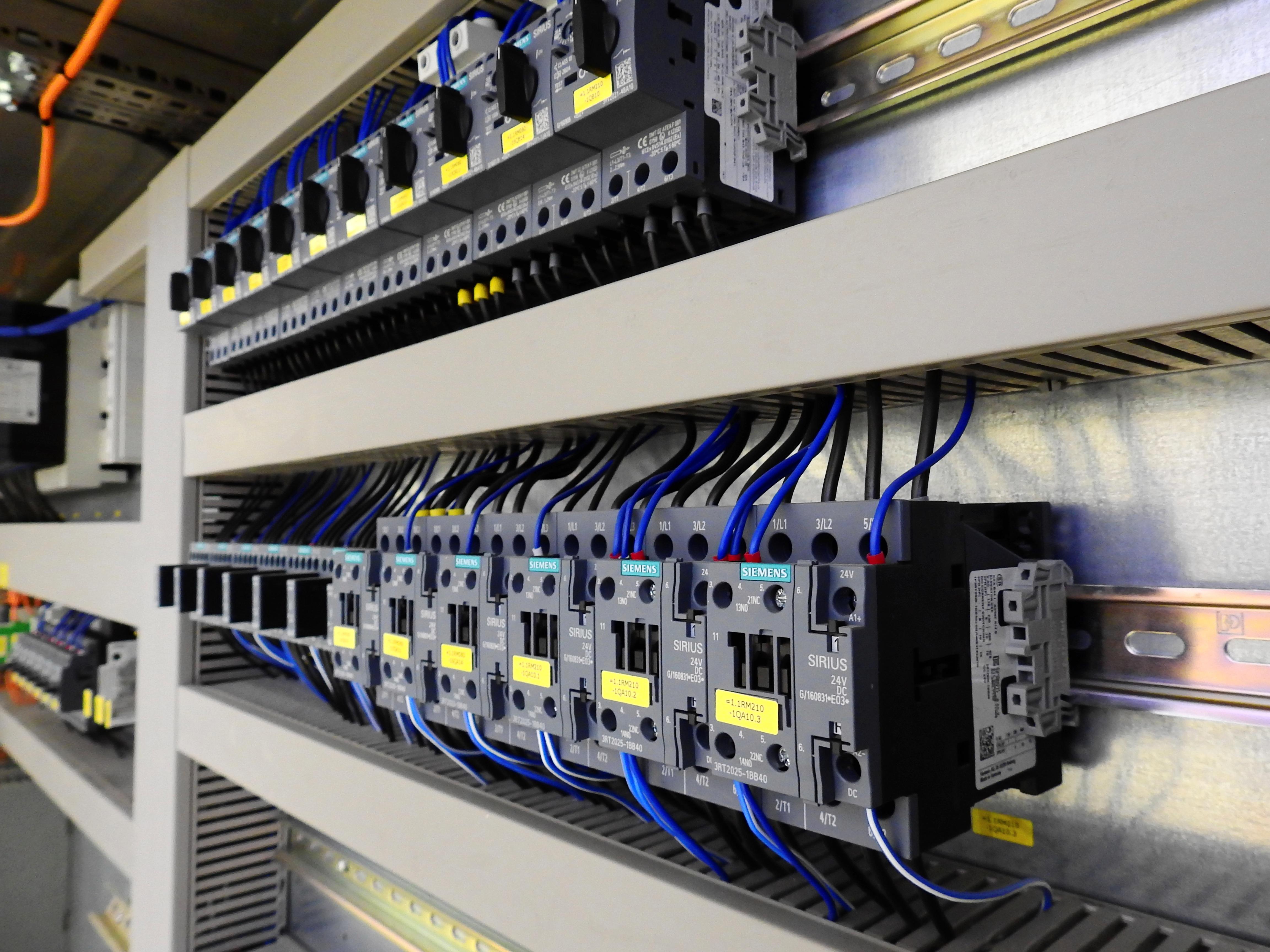 control-cabinet-2147370