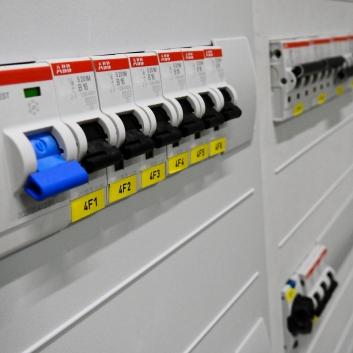 switchgear-2069758